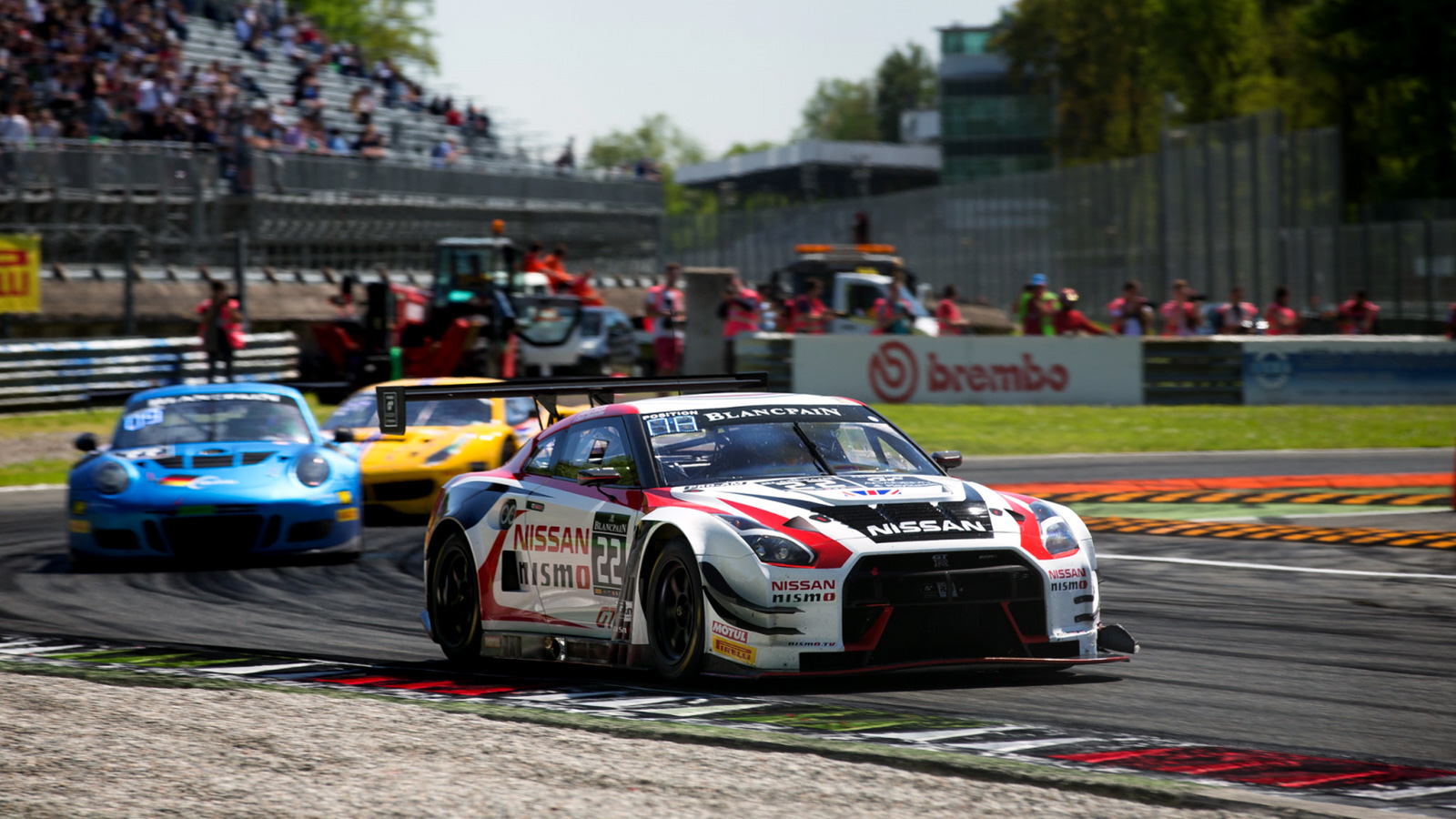 Walkinshaw Back on British Soil for Second Round of Blancpain Sprint Cup at Brands Hatch
