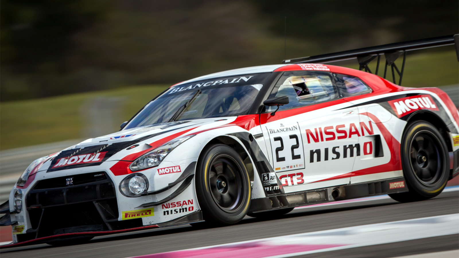 Maiden 'Works' Test Confirms Walkinshaw's Confidence for 2016 Blancpain GT Series