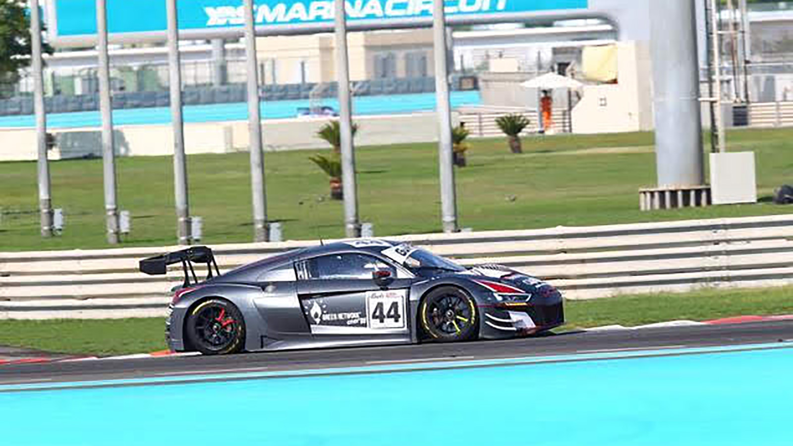 Sensational Gulf 12 Hours Podium for Walkinshaw After Eleventh Hour Deal with Attempto Audi