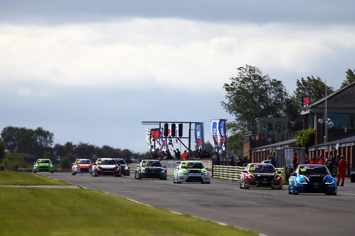 Oxfordshire's SWR relishing promising season of TCR UK action.